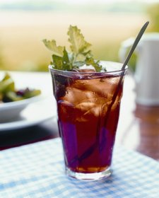 Murphin Ridge Inn, garnished  iced tea