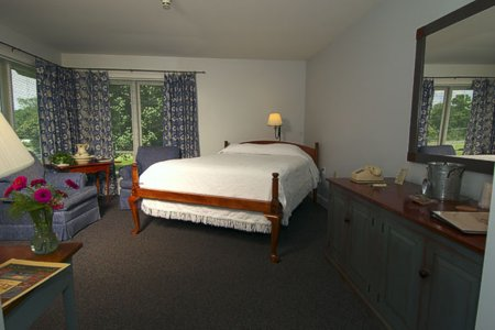 Murphin Ridge Inn, handicap helpful room